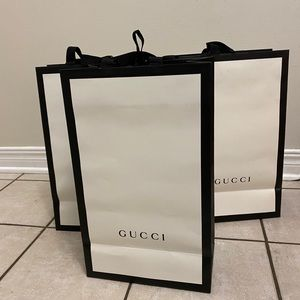 💕GUCCI PAPER BAGs💕
